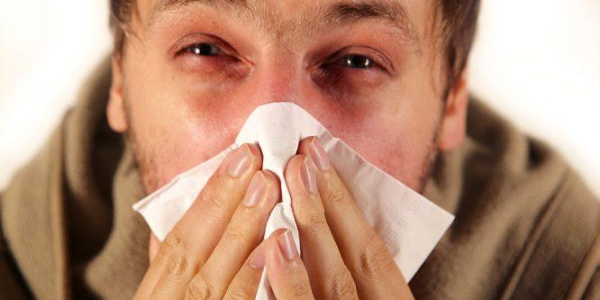 Нужно ли лечить аллергический насморк?