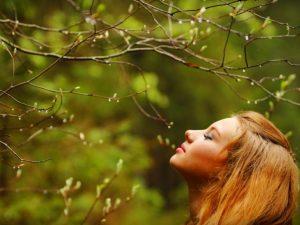 Весенние опасности: какие болезни и состояния дают