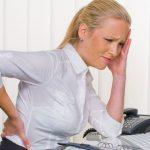 Вредные привычки, которые заставляют вашу спину болеть