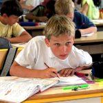 Как уберечь школьников от сколиоза: мнение врача