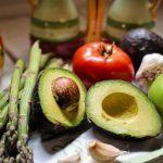 4 жирных продукта, которые на самом деле помогают похудеть