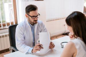 Известный онколог назвал 5 опасных признаков рака