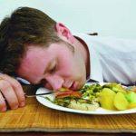 Пять вещей, которые категорически нельзя делать после еды
