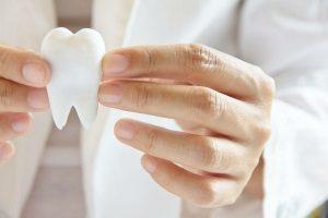 Роль зубного камня в развитии патологий пародонта