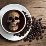 9 признаков того, что у вас передозировка кофеином